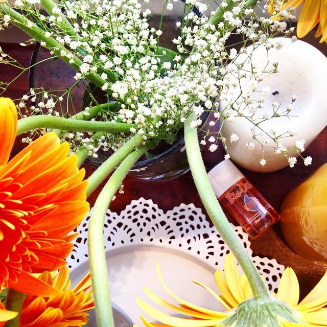 flowers/sun/beauty/purity #ομορφιάστουςσυνδυασμούς  #biooil #BioOilbyDiaries #everyonehasabiooil #instagood #instalike #instabeauty #instagramers #instamoments #perfecttime #photooftheday #blogger #beautydiaries #event #justlike #justlove #justperfect