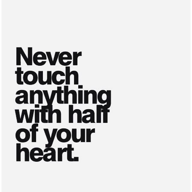 Σιωπή. #momentoftheday #justlove #heart #quote #vsco #vscomood #tonousou #goodnight #instagood #instalife #instalike #instagrammers #words #igers #like #love